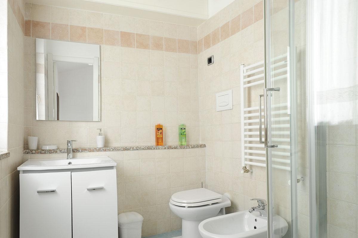 il-giardino-di-valentina_bedroom_bathroom_4999
